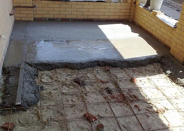 Укладка бетонного пола по грунту