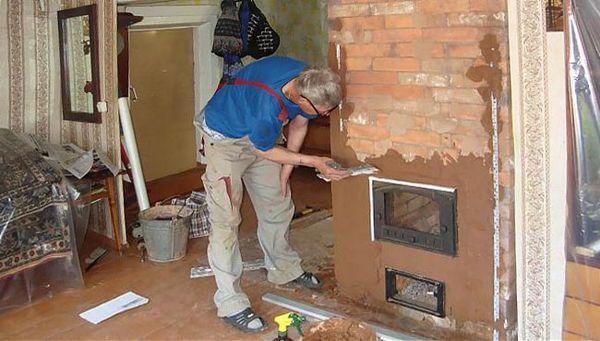 Печь в доме рекомендуется покрыть штукатуркой